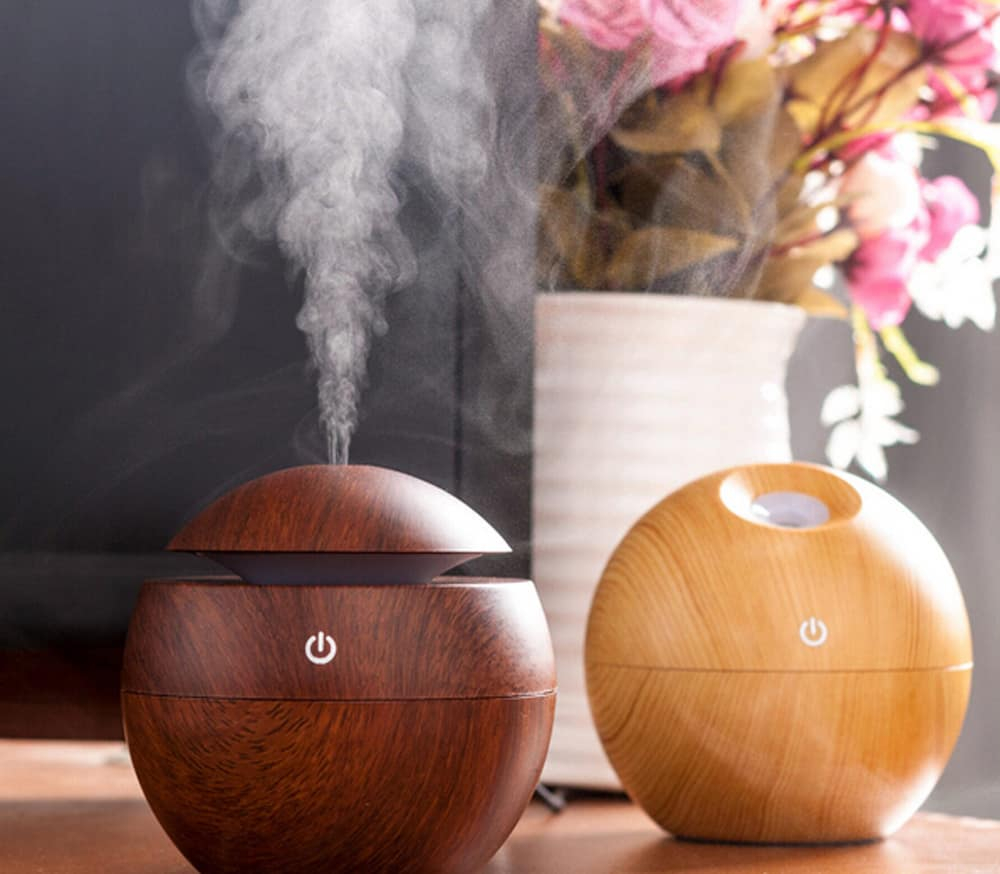 Essential Oil Diffuser to make home smell good