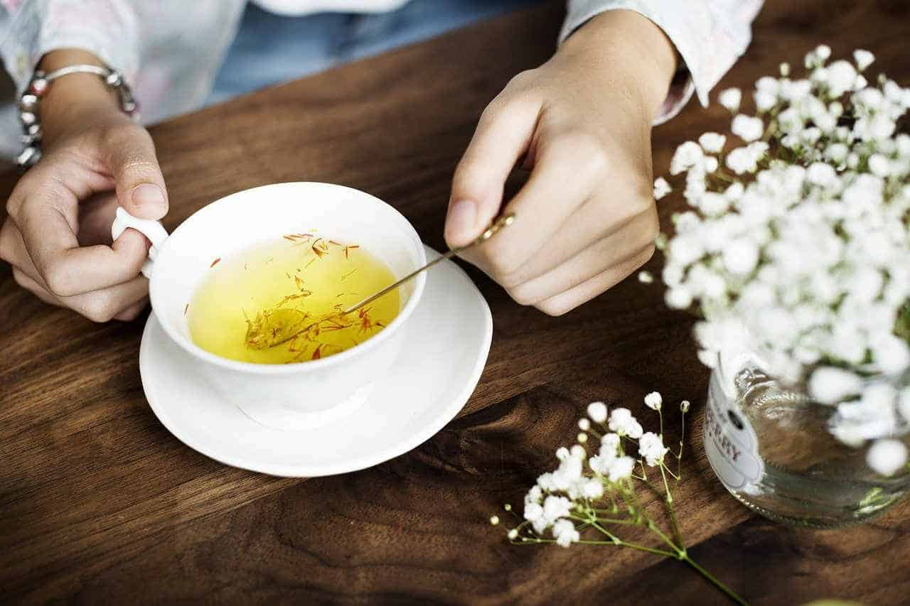 Get rid of period cramps with herbal tea