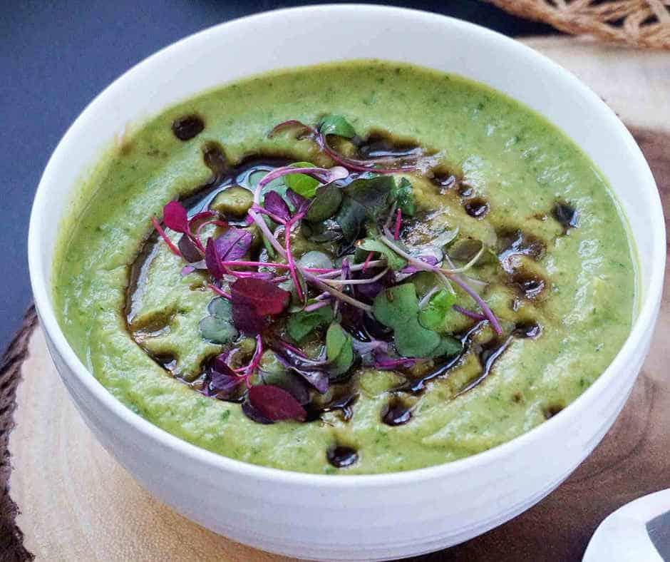 Healthy Creamy vegan broccoli soup gluten free, coconut milk free