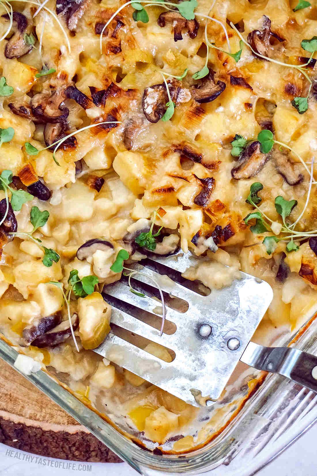 Vegan baked potato casserole (au gratin) #veganpotatobake (gluten free dairy free recipe)  #potato #casserole
