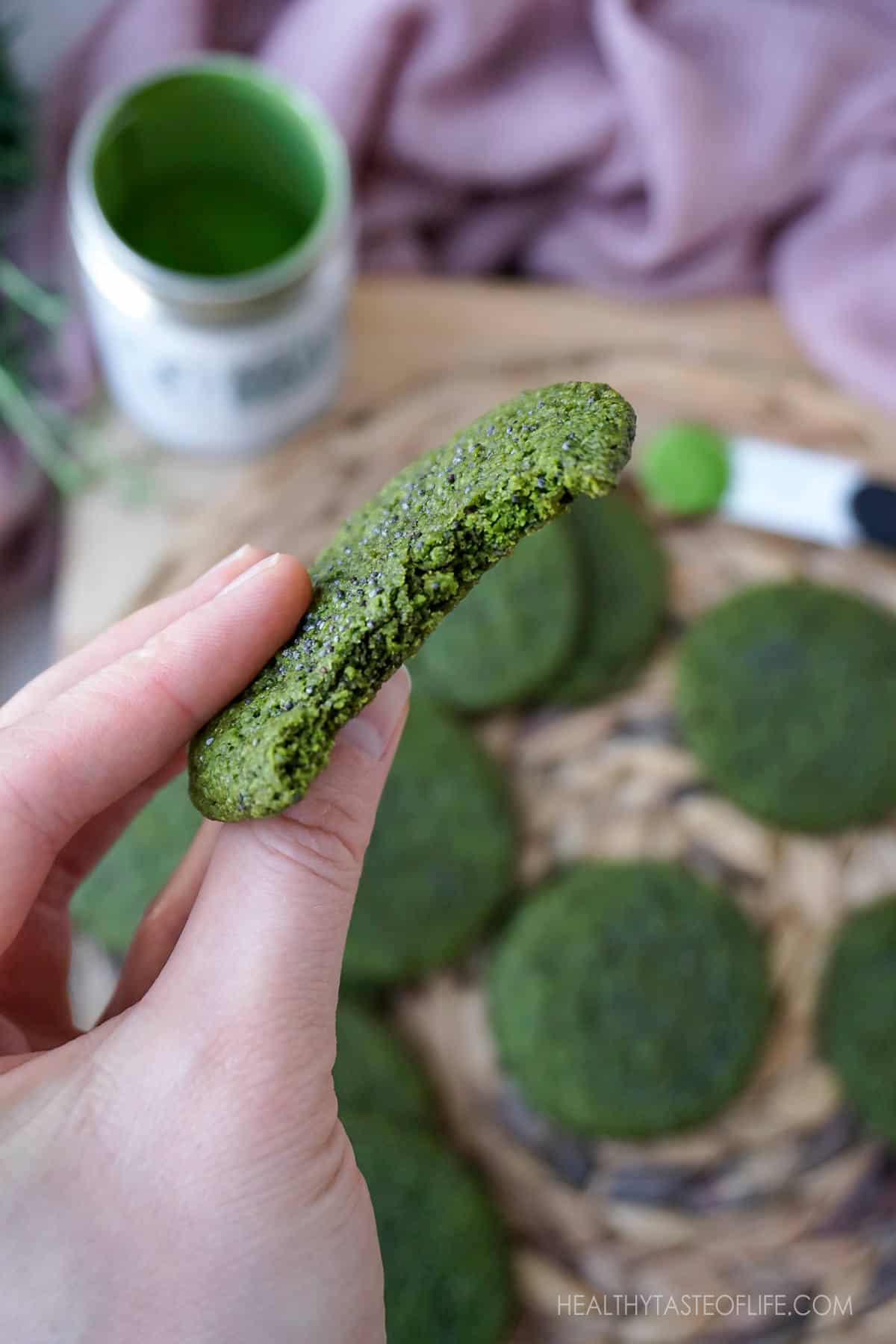 Healthy Matcha Sugar Cookies-  vegan, gluten free, healthy matcha cookies with a nice soft chew. These vegan matcha cookies are made with oatmeal, vegan butter and sweetened with maple sugar #matchacookies #vegancookies