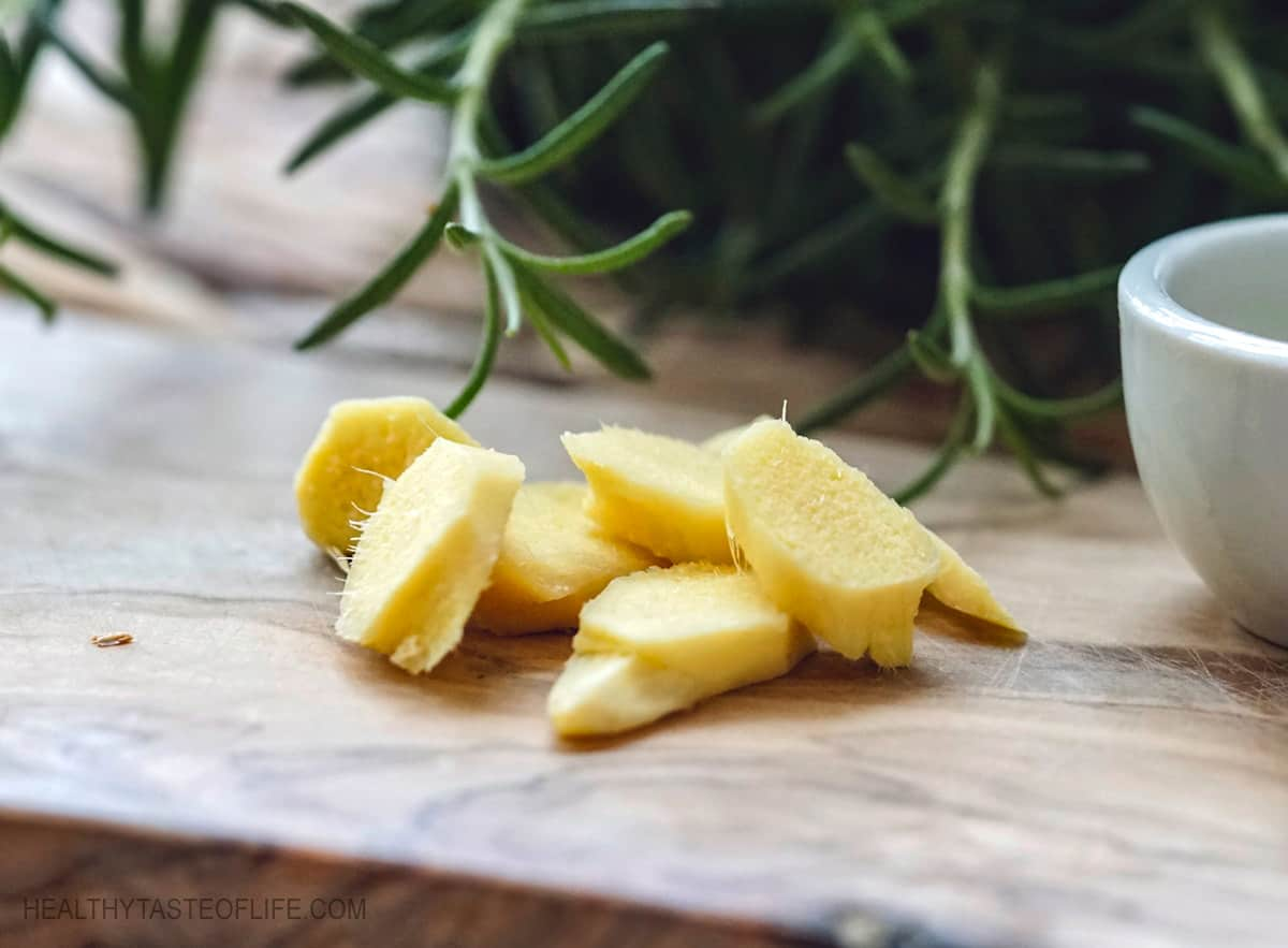 Peeled and sliced fresh ginger prepared for smoothie