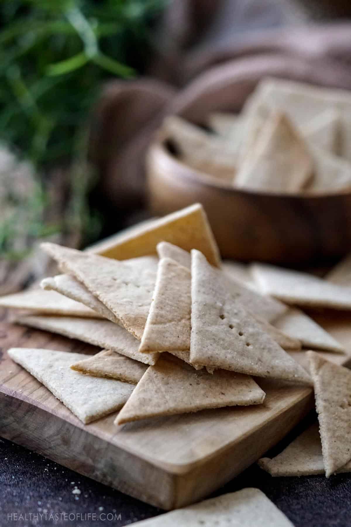 Cassava Crackers grain free and vegan crackers made with tigernut flour, cassava flour and ground flax seeds.