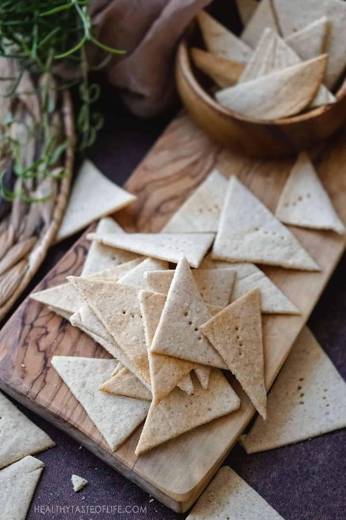 Grain free crackers - gluten free, vegan, paleo, AIP crackers - made with cassava flour, tigernut flour and flax seeds.