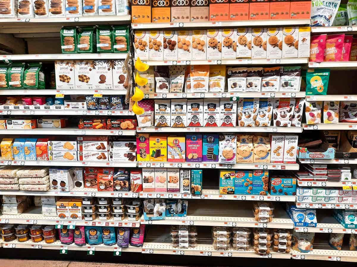 Gluten and dairy free snacks to buy on the store shelves.